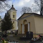 Kościół pw. Świętego Bartłomieja i kaplica Kozłowieckich na cmentarzu parafialnym